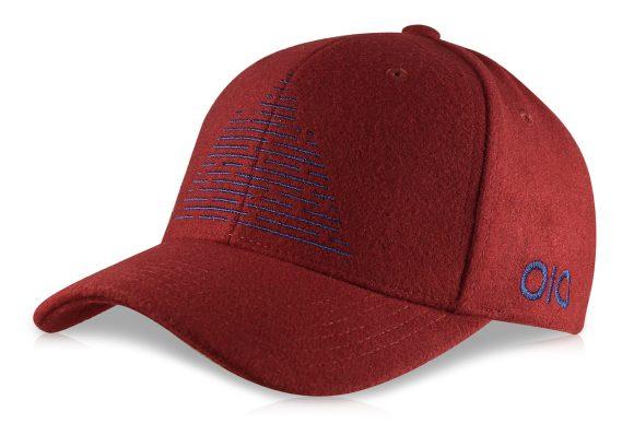 casquette customisée bordeaux